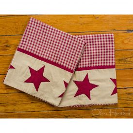 Jamestown Burgundy and Tan Non Quilted Pillow Case, Set of Two