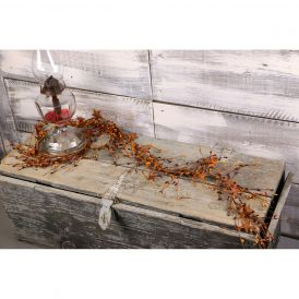 "Pip Berry & Rusty Star Garland, 40"" - Burgundy & Gold"