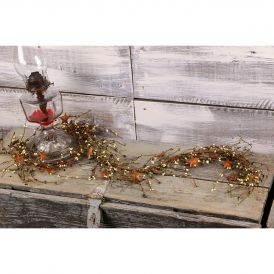 "Pip Berry & Rusty Star Garland, 60"" - Olive & Ivory"